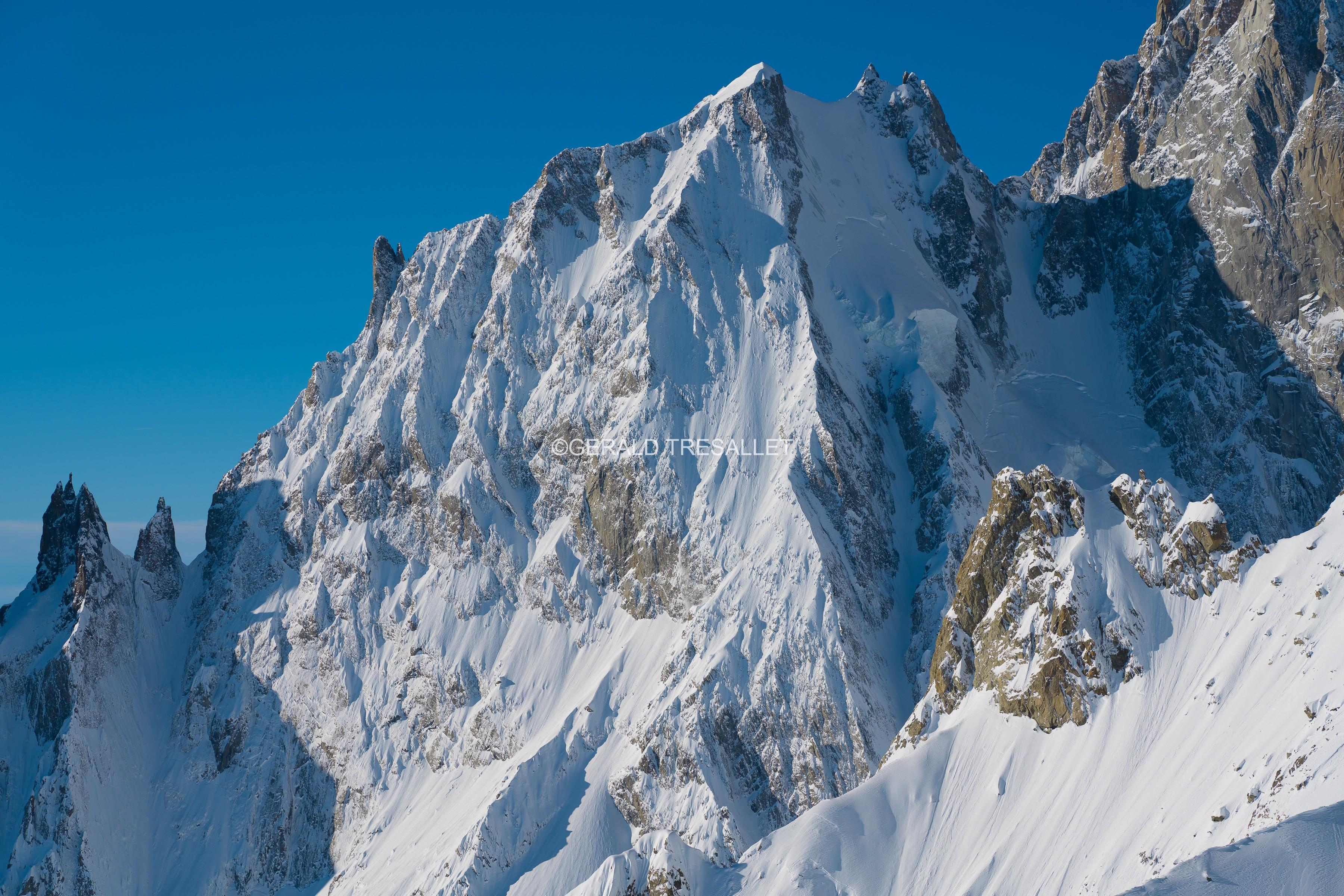 Aiguille Blanche de Peuterey-Al74196