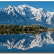 Lac des Cheserys et le Mont-Blanc