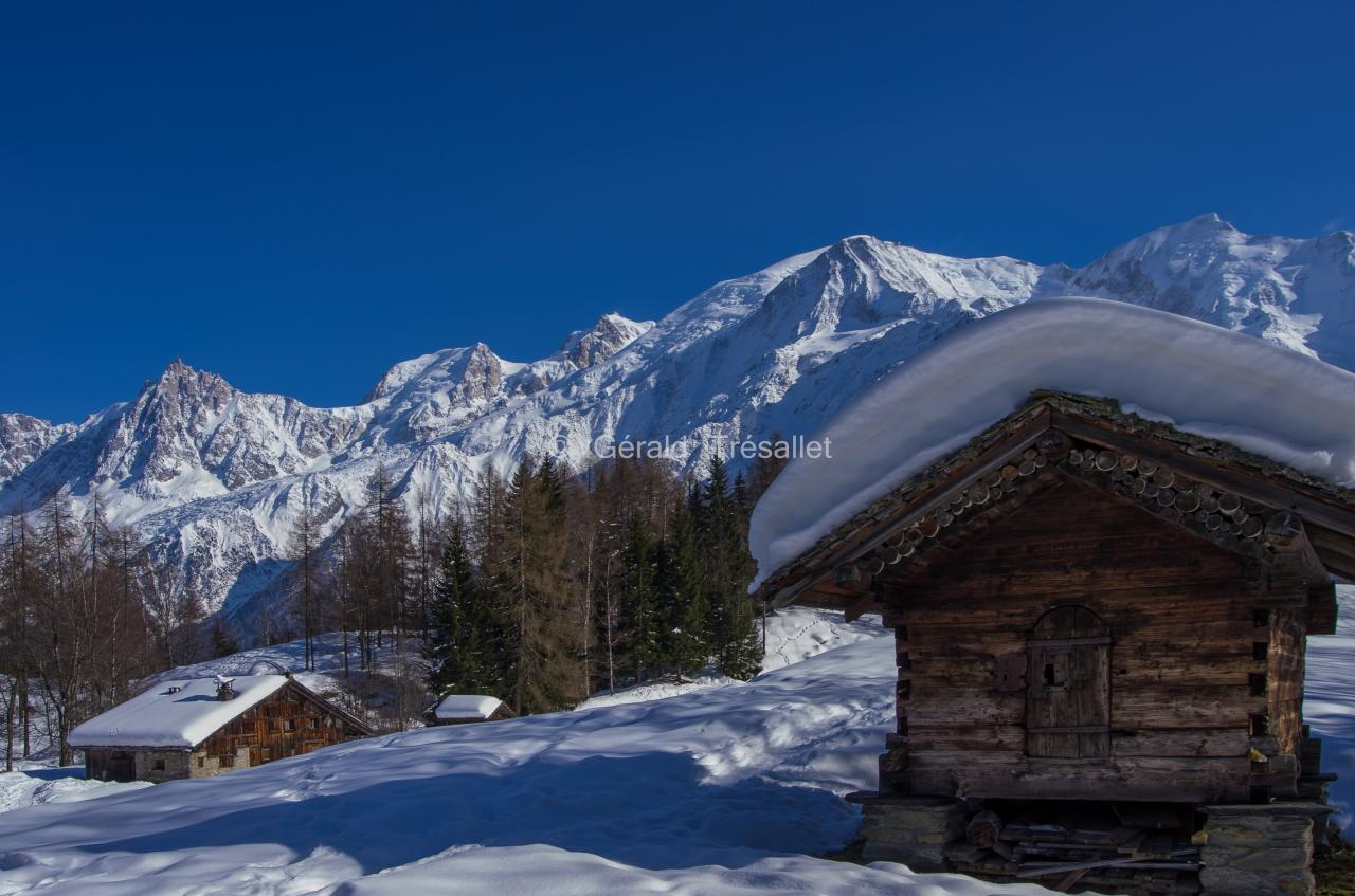 Hameau de Charousse en hiver-pent1268